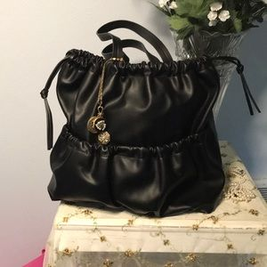 FRENCH CONNECTION LARGE BUCKET BAG